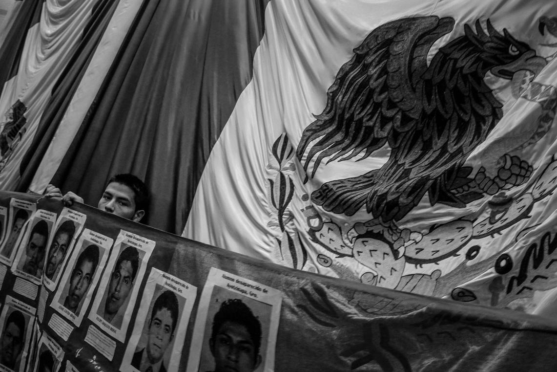 Toma del Congreso de Sonora por los 43 estudiantes de Ayotzinapa (4)